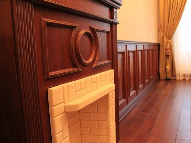 Деревянные панели в интерьере офисного помещения