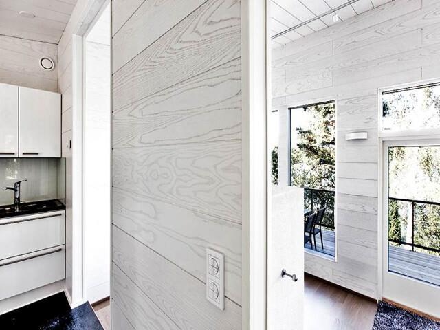 Обшивка внутренних стен дома пластиковой вагонкой