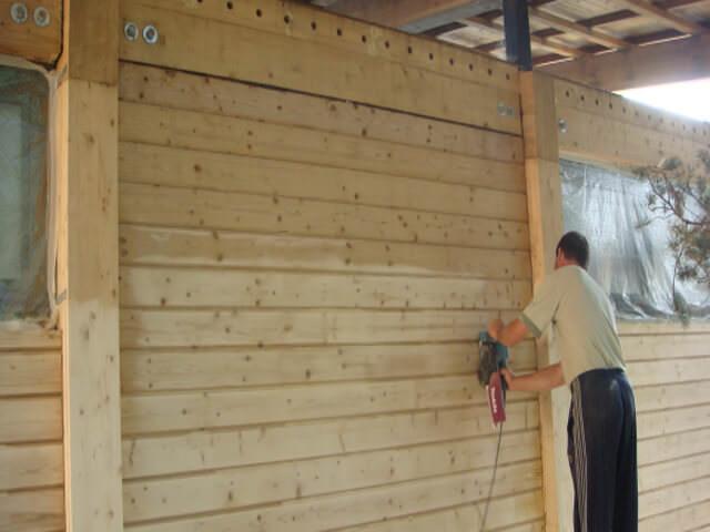 подготовка деревянных стен под покраску