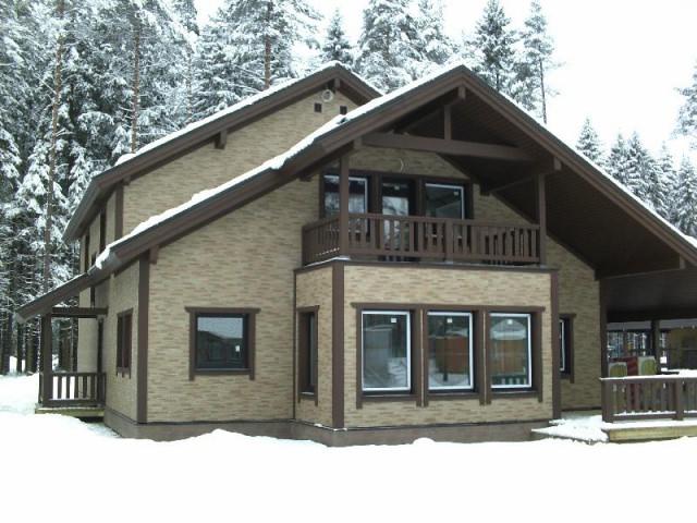 Дом отделанный фиброцементными плитами