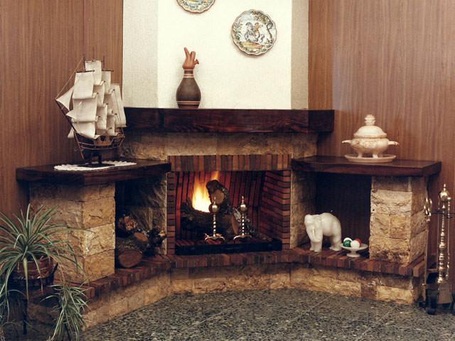 Теплый очаг в доме
