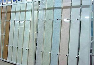 Отделка стен ПВХ панелями: особенности применения, инструкция по монтажу